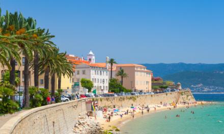 Best Coastal Places To Live